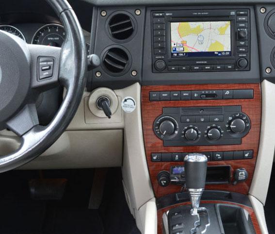 jeep commander adapter f r lenkradfernbedienung. Black Bedroom Furniture Sets. Home Design Ideas