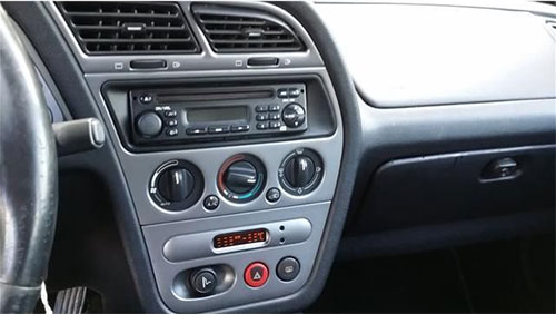 peugeot 206 radio cd display clarion rd1 rds eon model. Black Bedroom Furniture Sets. Home Design Ideas